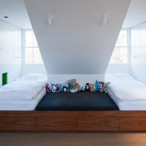 model tempat tidur minimalis keren
