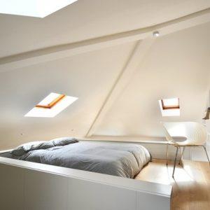 model tempat tidur minimalis unik