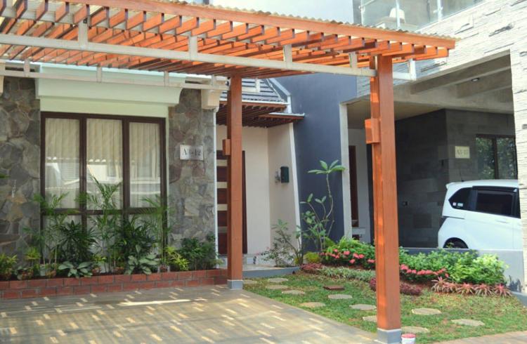 Contoh Taman Mini Depan Rumah Paling Indah